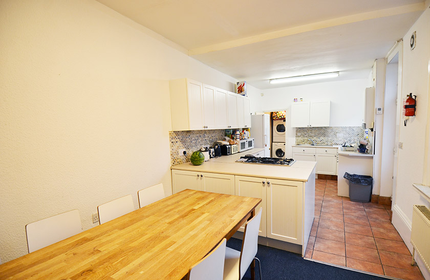 Amazing student accommodation Simonside Terrace in Heaton, Newcastle upon Tyne