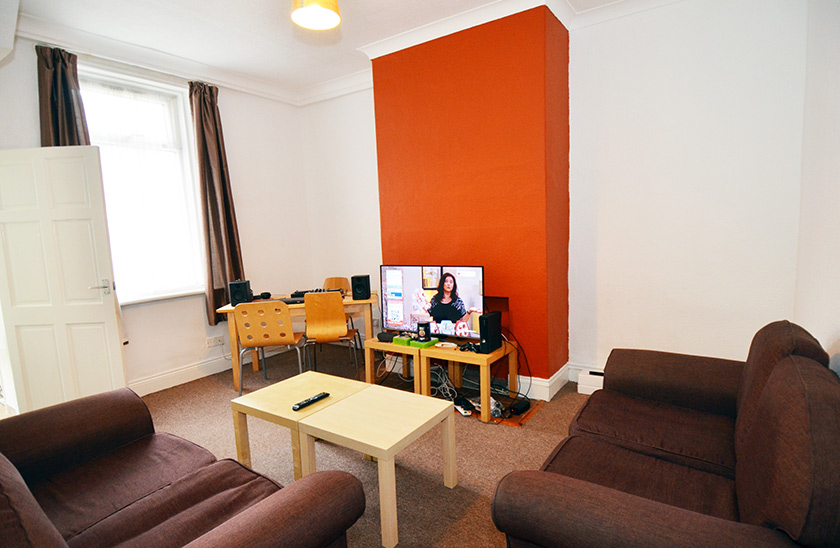 Affordable student accommodation Cardigan Terrace in Heaton, Newcastle upon Tyne